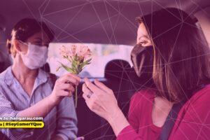 Consiente a mamá con la app de  Uber Eats y Uber Flash